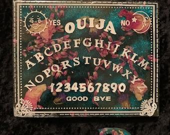 Ouija Board/talking board/entertainment/witchcraft/Gypsy/fortune teller/magic/Magick/Majik/Halloween/All Hallows' Eve