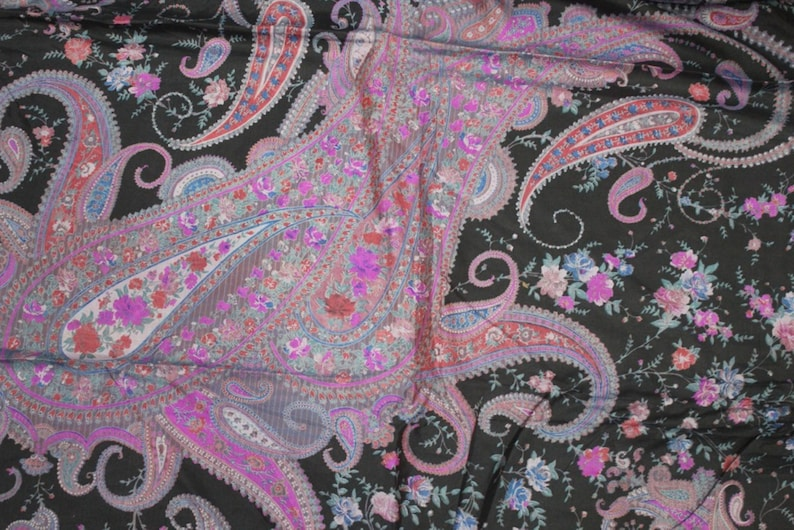 EXPRESS SHIPPING-Vintage Silk Saree Indian Ethnic Craft Dressmaking Recycled Fabric Woman/'s Vintage Clothing 5 Yard Fabric Vh406