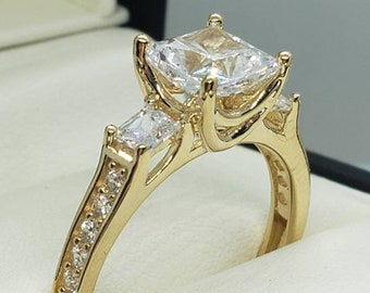 14K Real Solid Gold 2.50 Ct Created Diamond Princess Cut 3 Stone Engagement Wedding Promise Ring