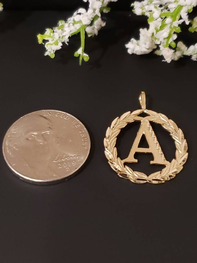 GraduationBridesmaidsBirthdayWedding 14K Solid Gold Pendant Wreath Circle Initial Letter Charm A-Z Necklace With Or Without Box Chain