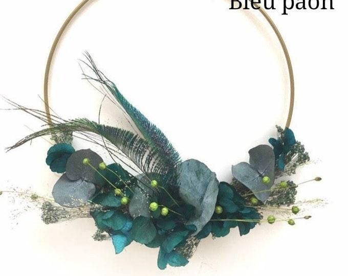 Crown of wall flowers tones blue tones