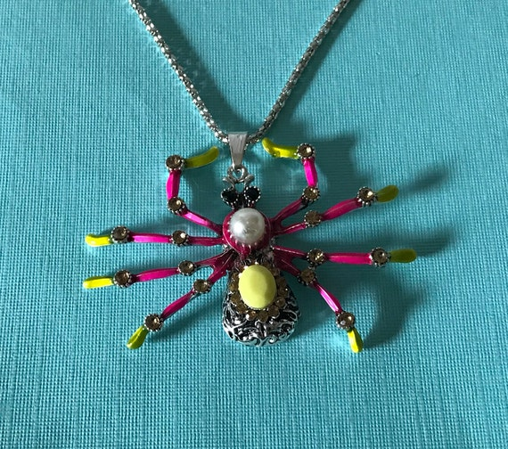 Large spider necklace, pink spider necklace, yello