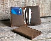 PERSONALIZED Minimalist Wallet, Leather Bifold Wallet, Distressed Leather wallet, Credit card wallet, boyfriend gift, Groomsmen Wallet