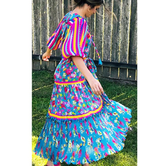 Diane Freis georgette multicolor dress