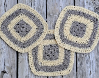 Crochet Squares - Party Coasters Set - Pure Virgin Wool  - Handmade Granny Squares - Ivory White and Grey