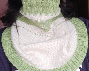Knitting Pattern - Neck Warmers Cowls Scarves - Green White Merino Wool -  PDF Instant Download - Easy Pattern for Knit Accessories