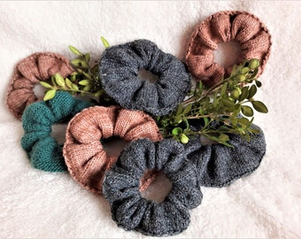 Knit Wool Scrunchies -  Soft Scrunchies - Hair Tie - Hair Accessories - Pastel Colors - Scrunchies - Handmade Knitted