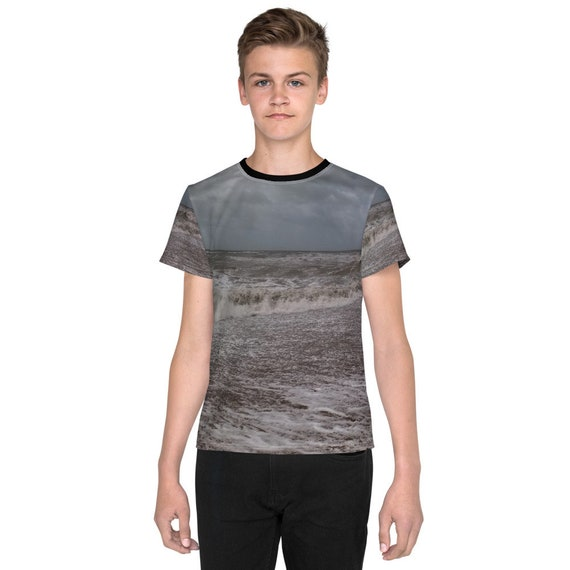 Waves on the beach Youth T-Shirt