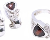 Ring Earring 14 Kt Set With 3.88 Cts Garnet And Diamonds