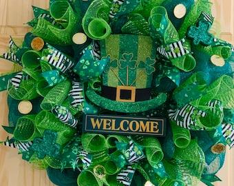 Welcome Door Wreath Lucky Green Wreath Four Leaf Clover Green St Leprechaun Wreath Patty/'s Day Wreath Patrick/'s Day Wreath Welcome St