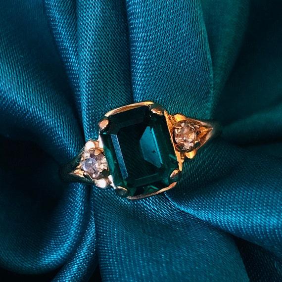 Emerald ring 10k Gold RIng Green ring