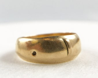 Smooth Antique Edwardian 18k Gold Buckle Ring - English c.1908