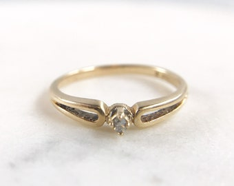 Dainty Diamond Solitaire - Vintage 10k gold Ring - Super Cute