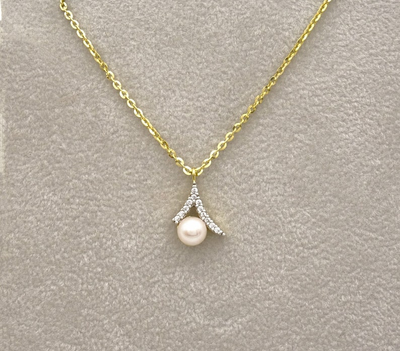 Pearl Necklace,Freshwater Pearl Necklace,Bride Jewelry,Wedding Jewelry for Brides,Cz Necklace,Sister Necklace,Engagement Gift,Gift for woman