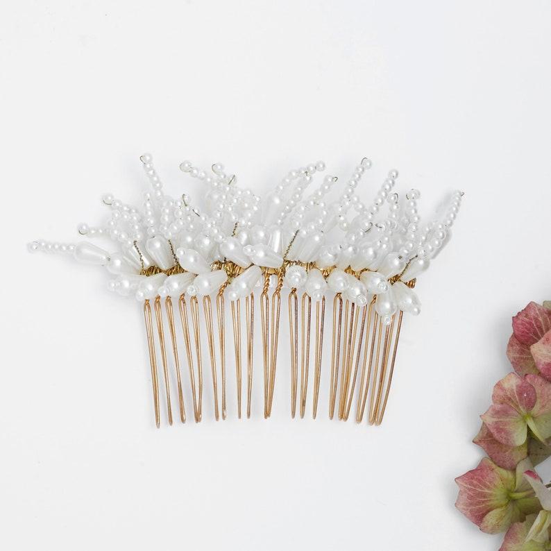 Bridal hair comb Bridal pearl comb Bridal hair piece Boho image 0