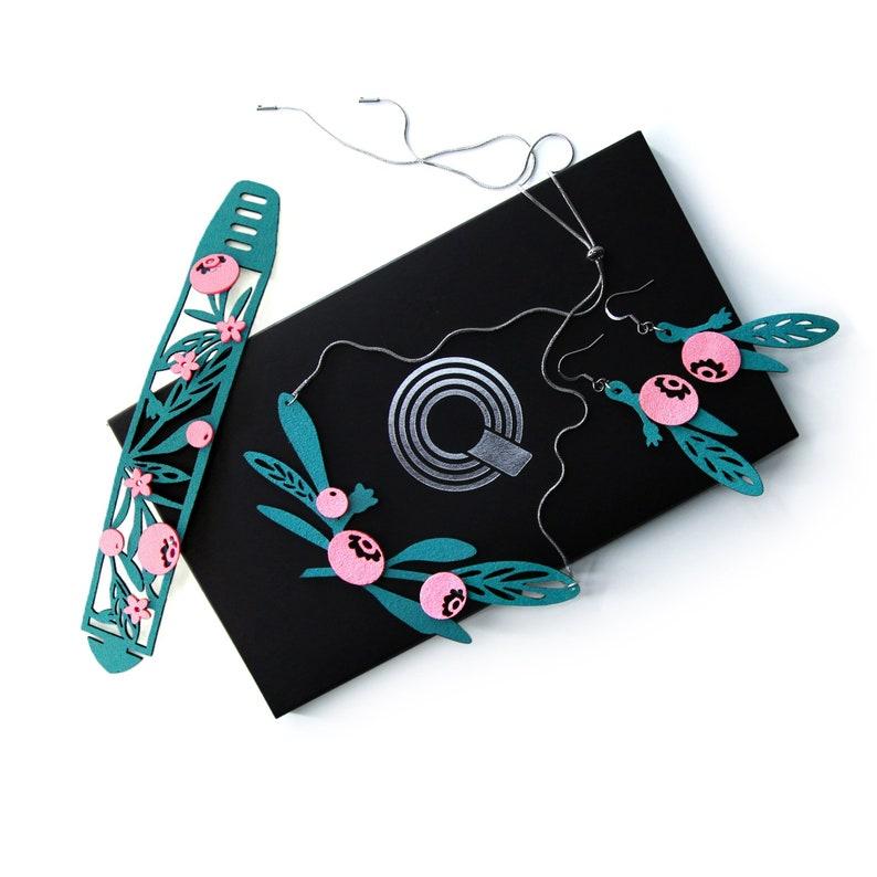 Pink Blueberry Bracelet Set of 3 Earrings Necklace Bracelet Gift Box Teenager Jewelry Thirteenth Birthday Gift 13th Gift Bracelet QS0005