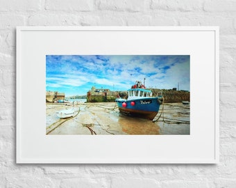 Framed Print of Newquay Harbour at Low Tide, Cornwall, Wall Decor Art, Matte Paper Poster With Mat Surround
