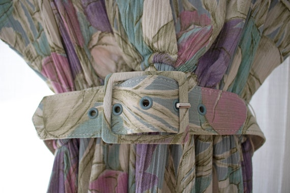 The Tulla Dress | Vintage Tulip Print Dress W/ Be… - image 3