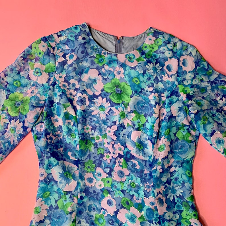 Size S 60\u2019s floral dress with sheer balloon sleeves