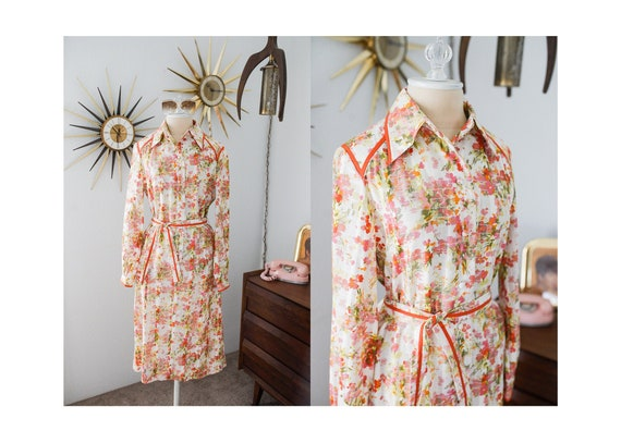 Vintage 1970s Floral Dagger Collar Dress with Pock