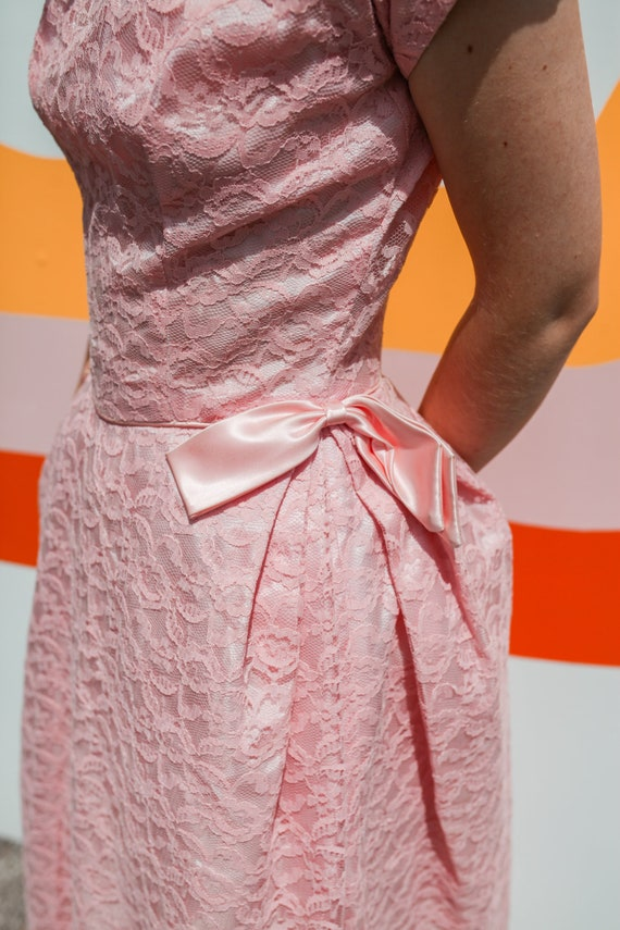 1950s Pink Lace Cap Sleeve Prom Dress - image 5