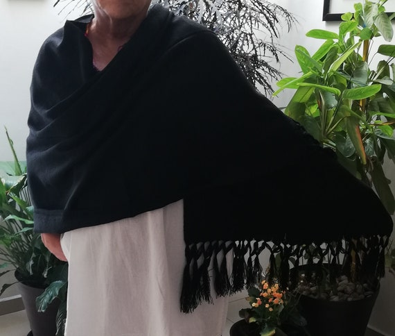 Beautiful mexican black cotton shawl - embroidered