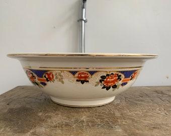 Albertinee. Medium vintage vessel sink.