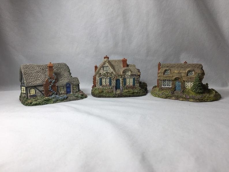 Hawthorne Olde Porterfield tea room Thomas Kinkade candle light cottage
