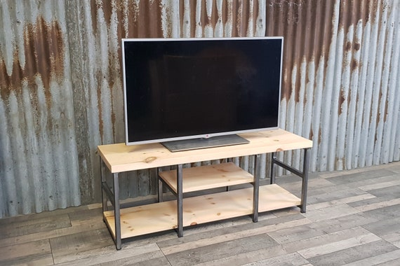 Industrial-inspired TV bench with storage, rustic reclaimed style TV unit, media unit with vinyl storage, rustic bench with shoe storage