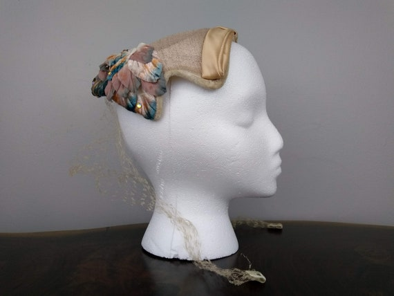 Vintage 1950's Peach and Pink Calot Hat - Stylish