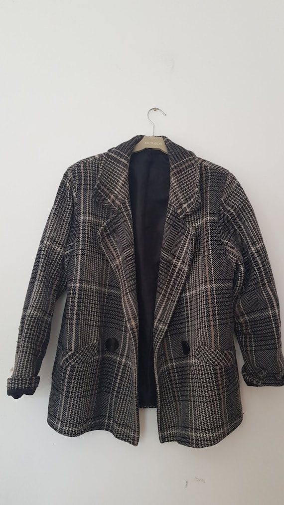 1970s | grey black tartan | 50% wool coat | UK10 |