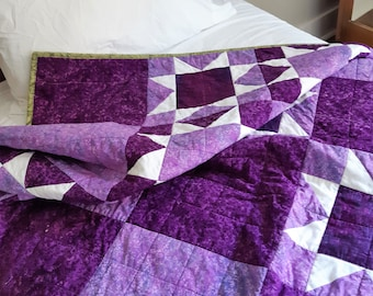 Handmade in Newfoundland! Purple and Lilac Patchwork Quilt Twin/Throw Size