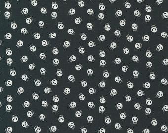 Holiday Essentials Halloween - Skulls - Midnight (Black) - 1/4 yard