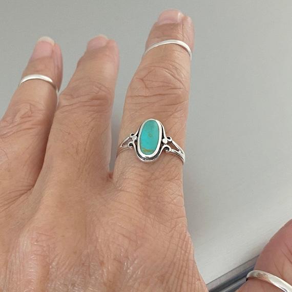 Turquoise stone ring