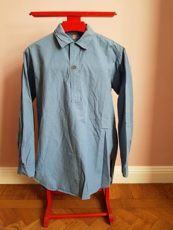 Baby blue swedish vintage military shirt in excell