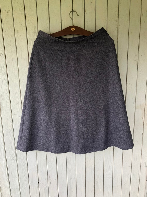 Stunning 1960s-70s charcoal grey skirt, superb Vin