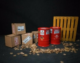Shipping Boxes Palette Wooden Barrels 1/18 Mix Lot Painted Diorama Accessories