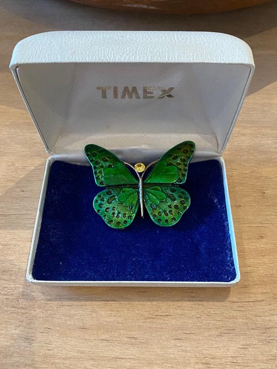 Pretty vintage large green enamel brooch , vintage