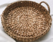 Boho Tray, Straw serving tray, Woven Tray with Handle, Tray for Coffee Table, Tray for decor, Hand woven tray, Round natural tray, Platter