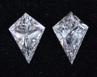 0.80 CT Kite Cut Lab Grown Diamond/ Antique Shape HPHT Diamond/ 10K White Gold Kite Diamond Three Stone Ring/ Eco-Friendly Kite Diamond Ring
