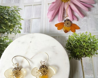 """Genuine flower necklace and earrings """"Honey Bees"""""""