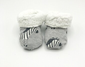 stay-on socks Ready to ship zebra striped baby socks thin wool baby booties Baby socks newborn size handknit black and white