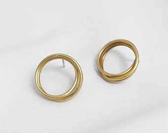 Small wire circle brass studs