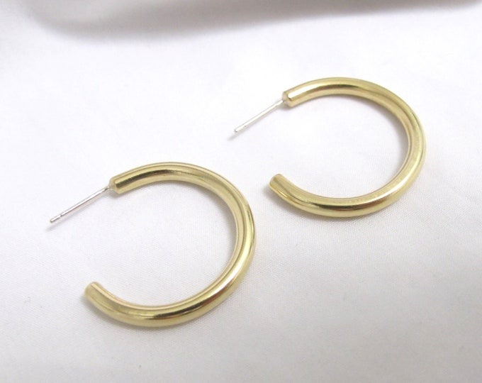 Small recycled gold hoop earrings