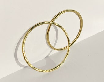 Womens hammered golden bangle. Solid Round bracelet. Recycled brass bangle. Gifts under 25. Modern bangle.