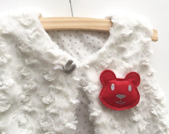 Child brooch Teddy bear, glittery red