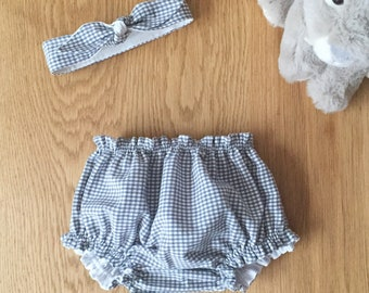 """Birth box in vichy fabric, """"Grey Mouse"""" model, bloomer duo and matching headband"""