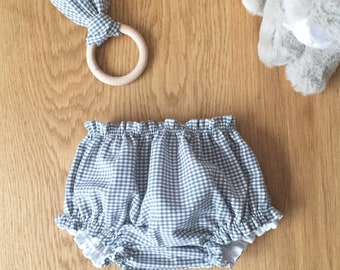 """Birth box in vichy fabric, """"Grey Mouse"""" model, bloomer duo and matching teething ring"""