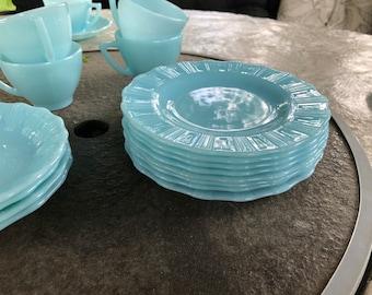 Pyrex, Robin Egg Blue, Turquoise, Plates - set of 8