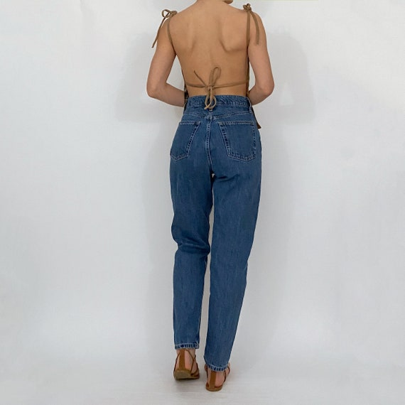 gap high rise mom jeans medium wash